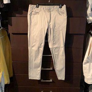 Men's pants in gray